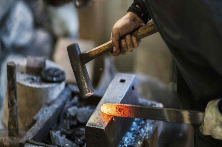 frosolone lavorazione coltelli